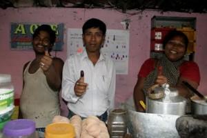 ২০০৭: নমিতা শর্মার চায়ের দোকান (গড়িয়াহাট, কোলকাতা) ব্লাঙ্ক নয়েজ এর জন্য ভোট প্রদানে স্বাগতম